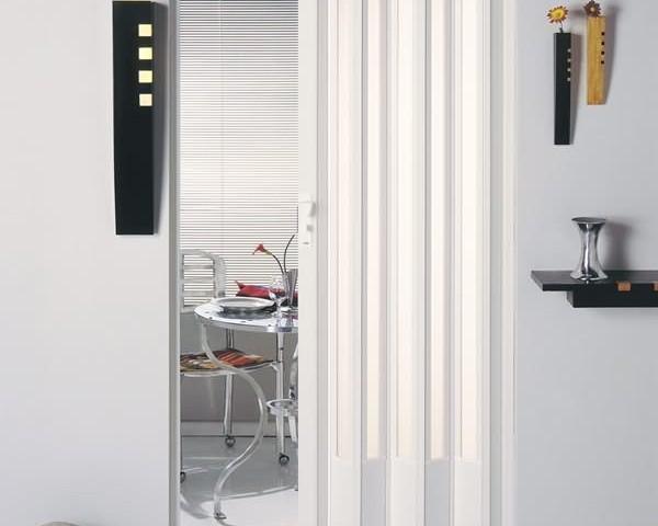 porta sanfonada vitro